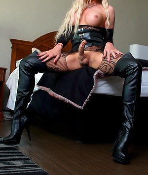 Shemales In Boots Pics
