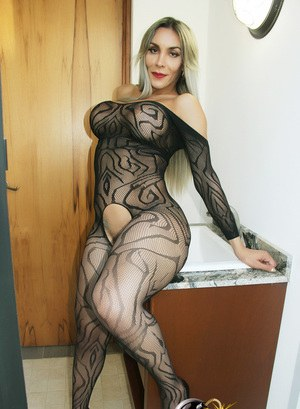Shemale In Pantyhose Pics